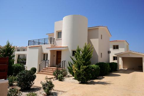 coral-bay-villas-the-overseas-investor-1_InPixio