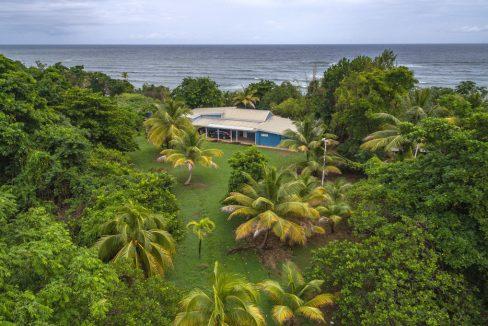 cumana-bay-exterior-facing-east-4-the-overseas-investor