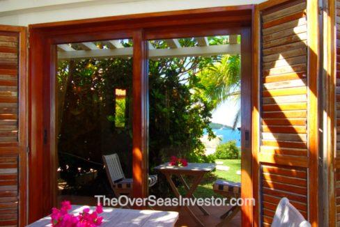 blue-escapes-Antigua-12-the-overseas-investor
