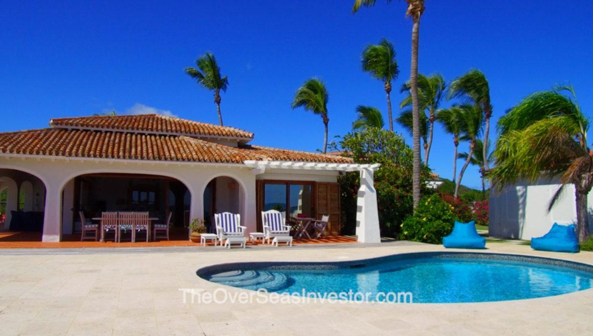 blue-escapes-Antigua-2-the-overseas-investor