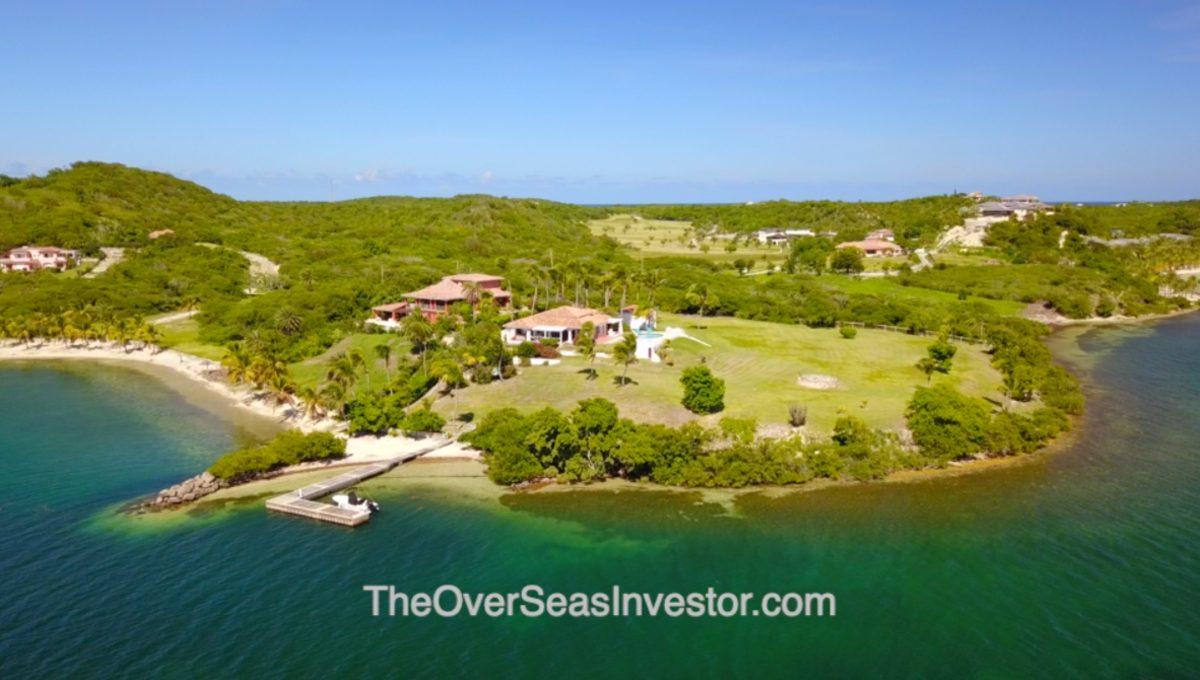 blue-escapes-Antigua-the-overseas-investor