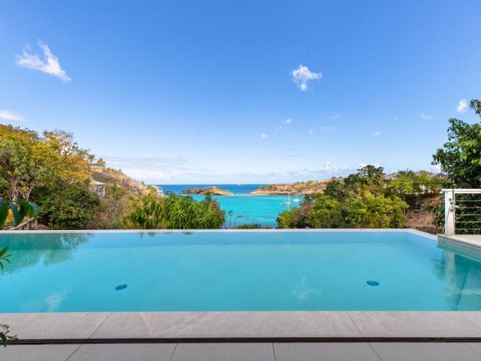 Villa for sale in Antigua, the Caribbean