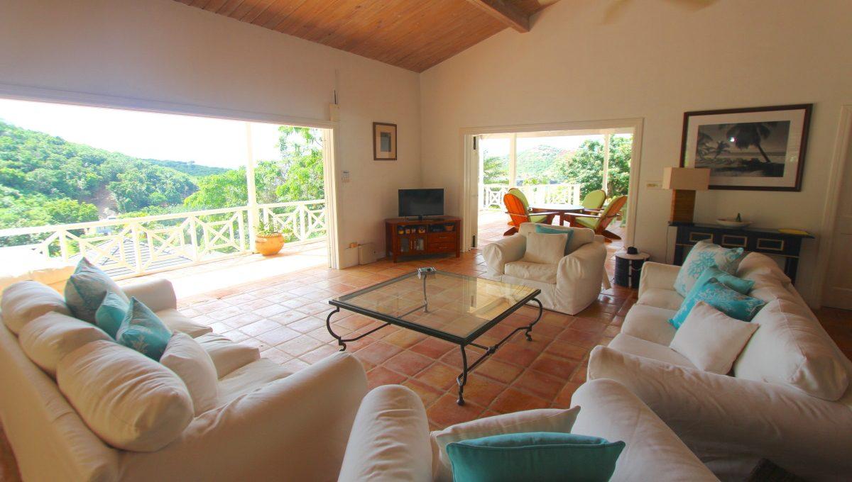 villa-babylon-antigua-the-overseas-investor-2