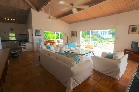 villa-babylon-antigua-the-overseas-investor-3
